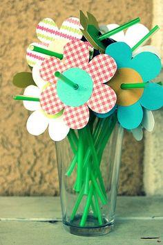 Straw Flowers Via Create Celebrate Explore