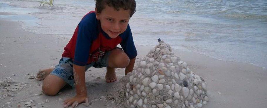 courtney-sandcastle